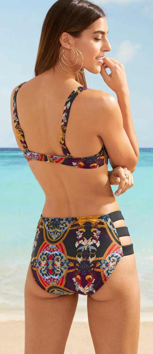 Ciekawy dwuczęściowy damski kostium kąpielowy Bonprix
