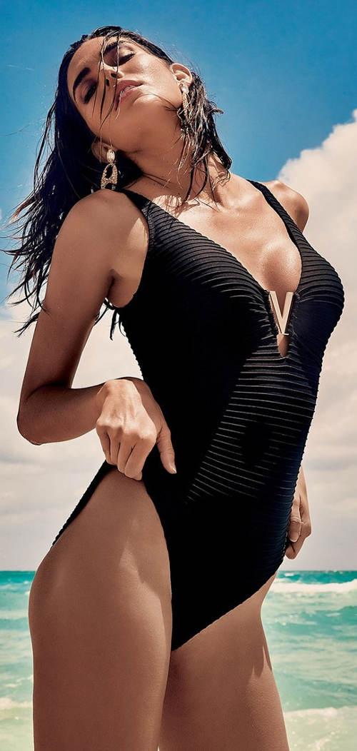 Włoski jednoczęściowy kostium kąpielowy plus size z paskami